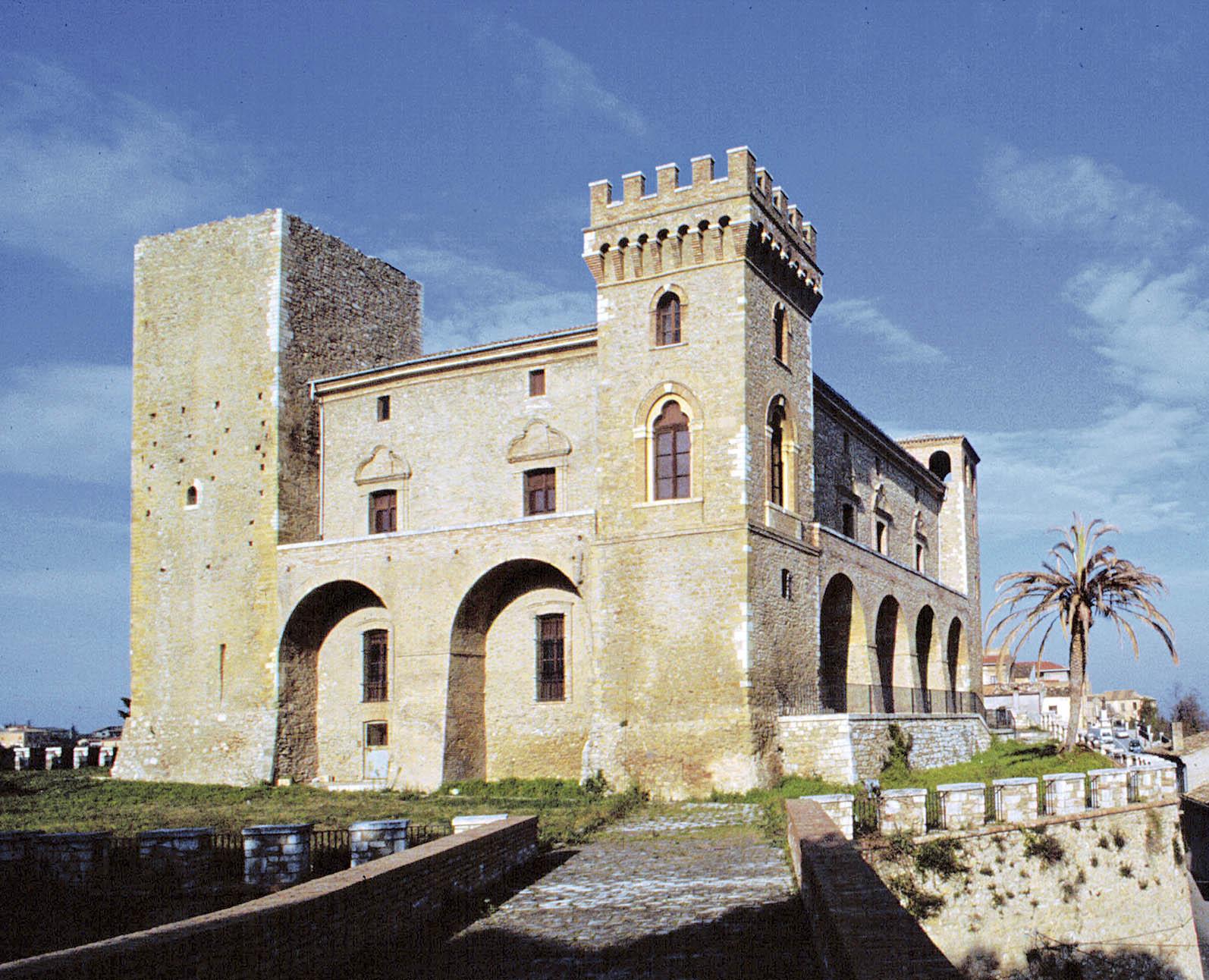 Crecchio - Castello Museo