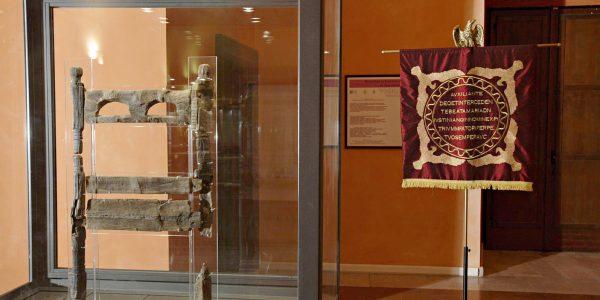 Museo Crecchio – Sedia lignea