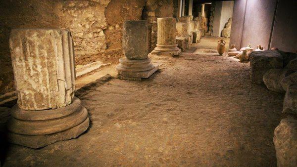 Scavi sotto la chiesa di Santa Eulalia a Cagliari.