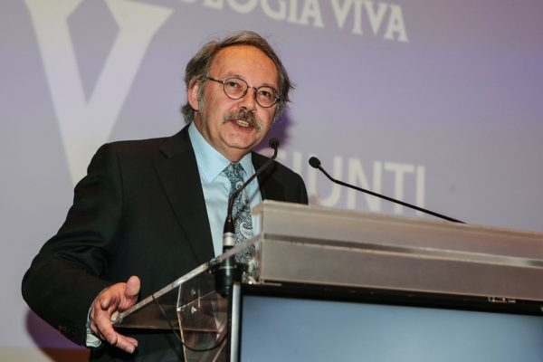 Il presidente della SAMI, Paul Raymond Arthur, docente Archeologia medievale all'Università del Salento.